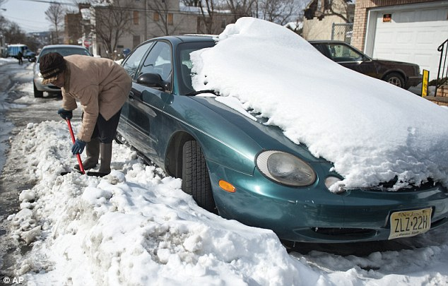 Digging out: New Jersey enacted a similar law in 2010, and troopers say they¿ve written hundreds of tickets this winter season. Drivers who fail to clear off their vehicles in the Garden State face fines between $25 an $75
