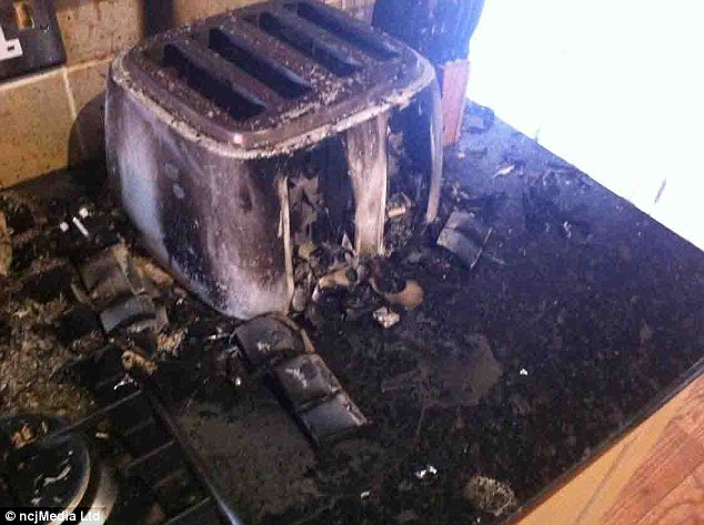 New toaster required: Martey knocked on the switch and caused the hob to flame, setting fire to the kitchen