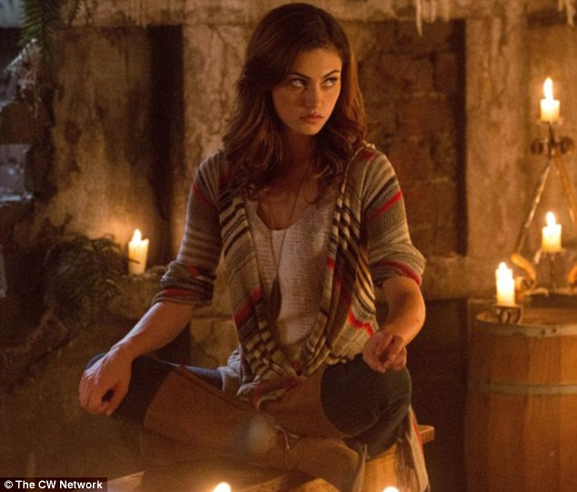 Phoebe in character as Hayley Marshall in The Originals