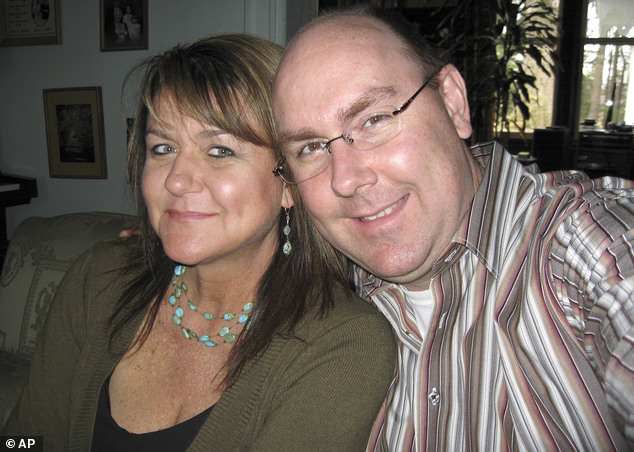 This 2007 photo released by Michael Stubblefield, Stubblefield poses for a photo with his sister, Shelia Russo