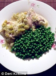 Peas and lemon chicken was Deni's first dinner on the diet