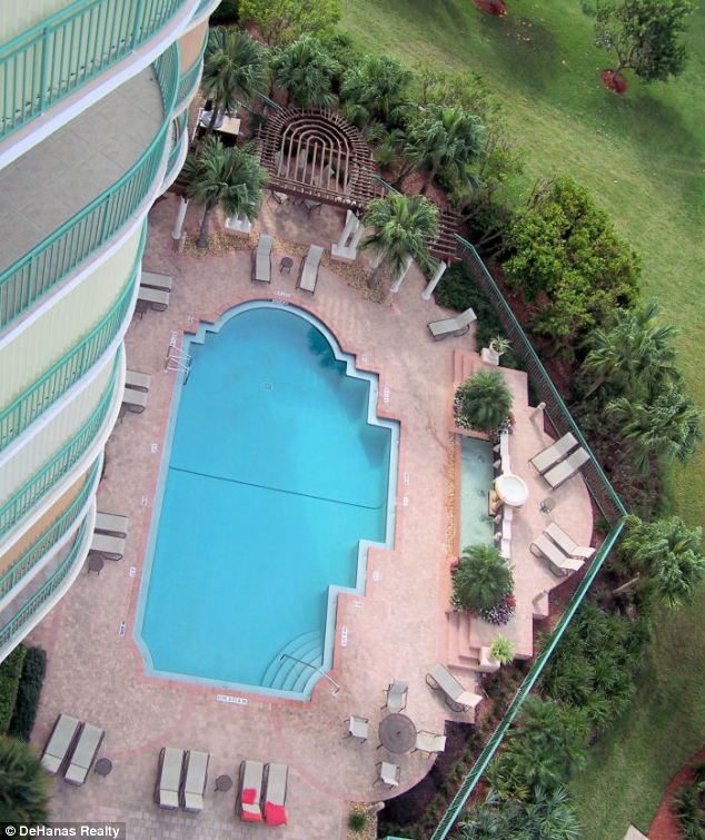 Fancy a swim? The Tampico has you covered, even though the beach is just a few steps away