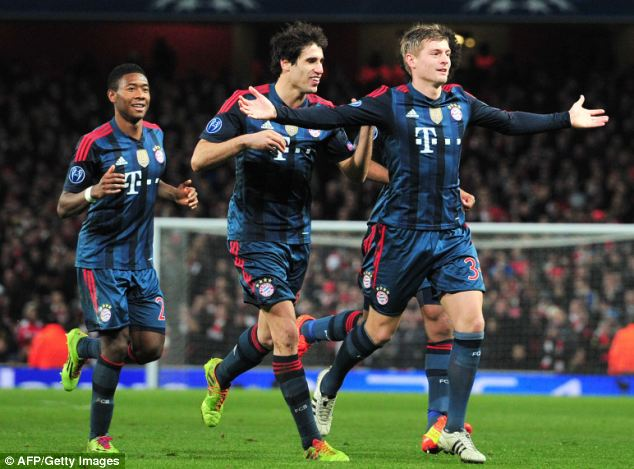 Top target: Bayern Munich's Toni Kroos (right) is United's No 1 option