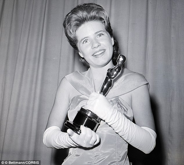 08 Apr 1963 ---  Patty Duke, first child star ever to win a major award at the Academy Awards, is pictured here 4/8 with her Oscar as the Best Supporting Actress for her role in 'The Miracle Worker'