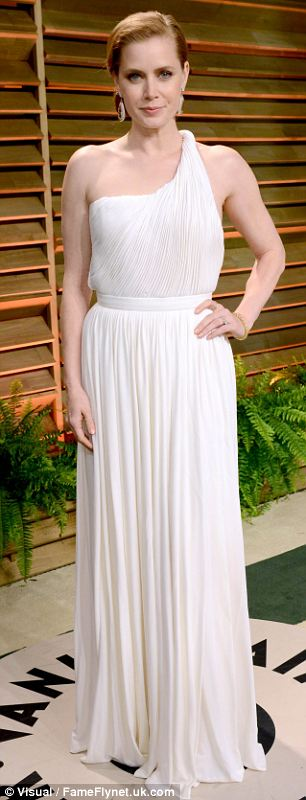The 39-year-old actress chose a white Grecian gown for the after party