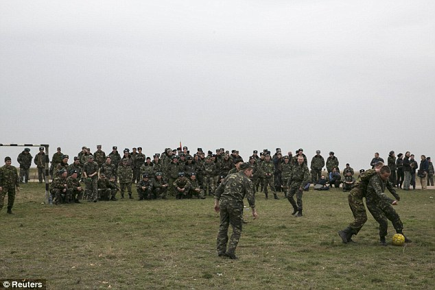 Timeout: The Ukrainians had arrived at the base for negotiations with Russian troops, but were forced back