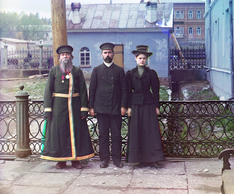 The tsar granted Prokudin-Gorsky access across the nation and provided with a railway car equipped with a dark room