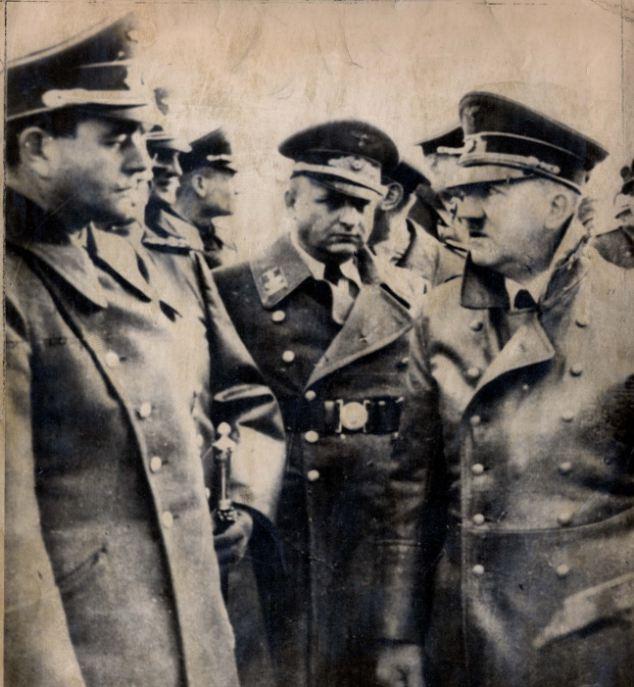 Albert Speer (left) with Adolf Hitler (right) in 1943