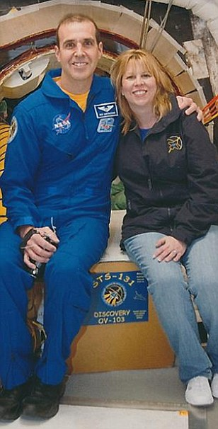 Candi Mastracchio is married to 54-year-old NASA astronaut Rick