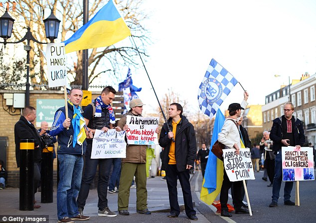Sensitive topic: Several of the protestors carried Ukrainian flags after the recent political problems