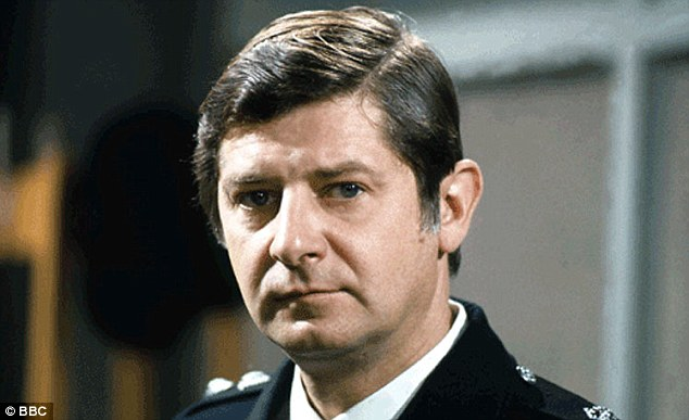 The star, whose career started in 1952, played the central role of Bert Lynch in the popular police drama