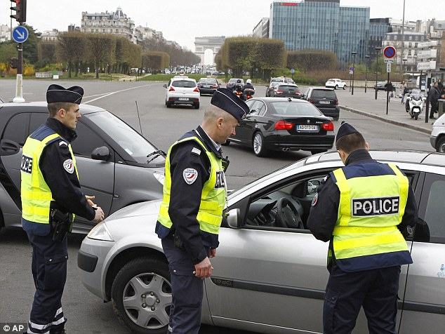 Cars with even-numbered license plates were prohibited on Monday from driving in Paris and its suburbs