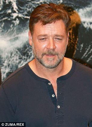 The Pope has cancelled a photo opportunity with Russell Crowe and the creative team behind Noah