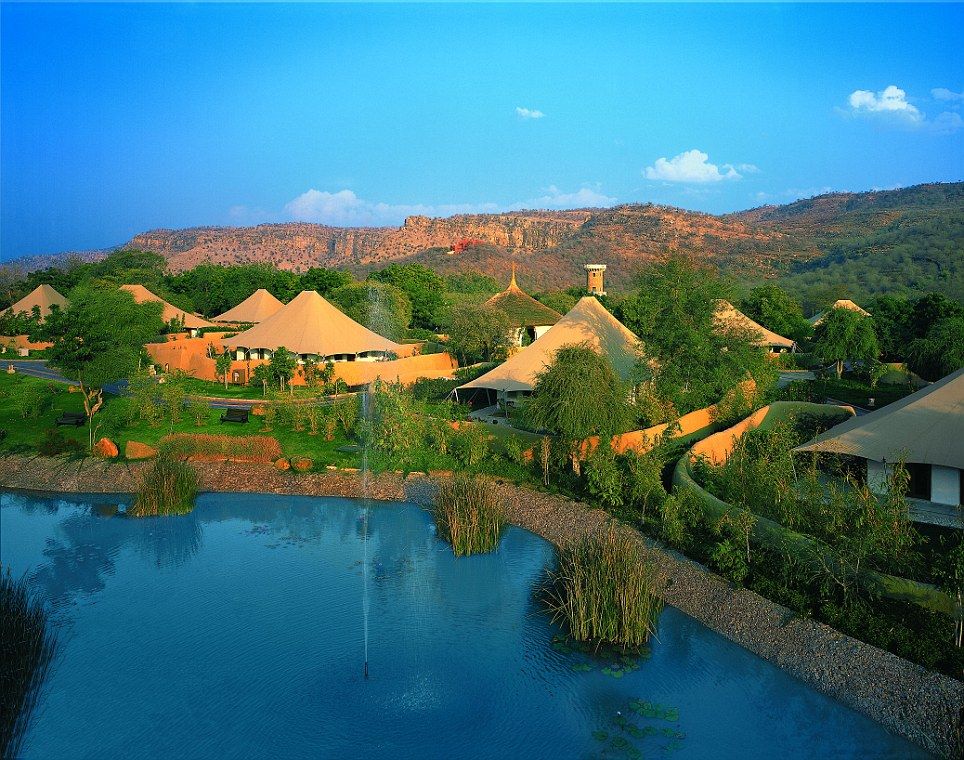 Fourth place: The Oberoi Vanyavilas in India - luxury jungle resort on the edge of the Ranthambhore Tiger Reserve - received top online reviews