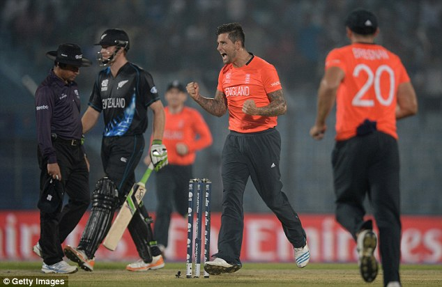 Breakthrough: England quick Jade Dernbach took the valuable wicket of Black Caps opener Martin Guptil