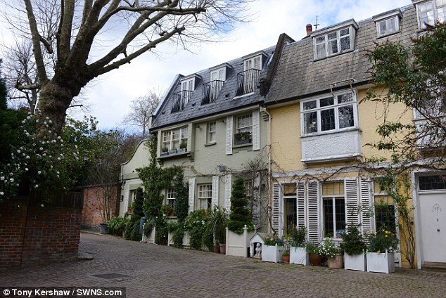 Row: Sean Bean is battling neighbours with plans for a leafy terrace on the roof of his £4million London home