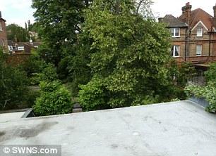Plans showing Sean Bean's property