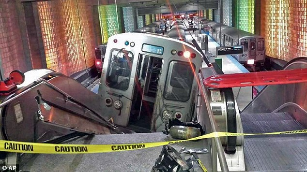 This photograph shows the scene at the O'Hare International Airport terminal after the collision