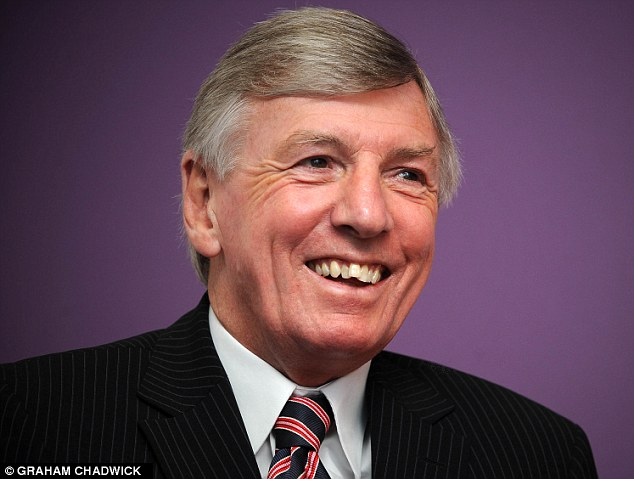 Hammers legend: Martin Peters doesn't understand why supporters booed Allardyce after the win