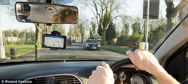 Trend: Year by year, atlas sales are in freefall, while sales of sat-nav gadgets are going up