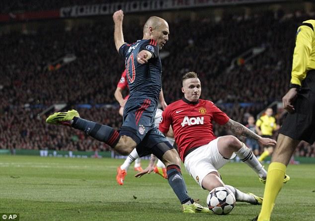 Men behind the ball: Alexander Buttner blocks a shot by Bayern's Arjen Robben