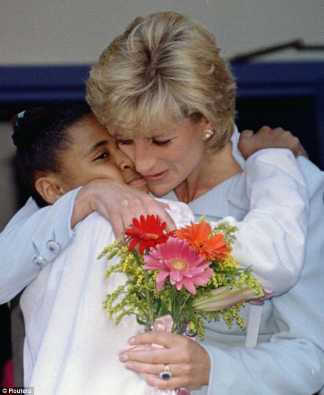 Diana with Alexandria Zoriana, 11, at a hospital in Chicago in 1996. Both woman made children their mission