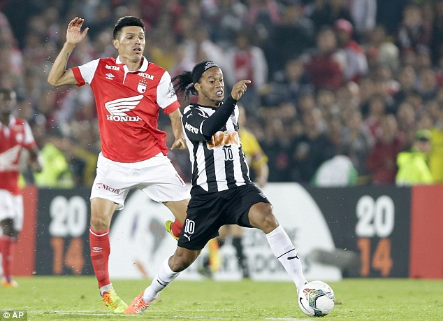 Limelight: Ronaldinho moved to Atletico Mineiro in 2012