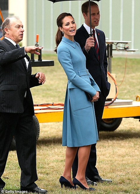 In mild drizzle at Omaka Aviation Heritage Centre, the Duke and Duchess of Cambridge inspected a range of vintage planes and stepped inside a World War II Avro Anson plane from WWII, complete with rear gun turret