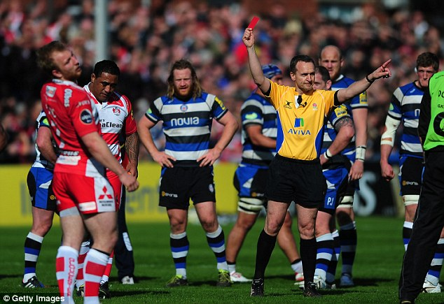 Marching orders: Sila Puafisi (second left) of Gloucester receives a red card from referee Tim Wigglesworth