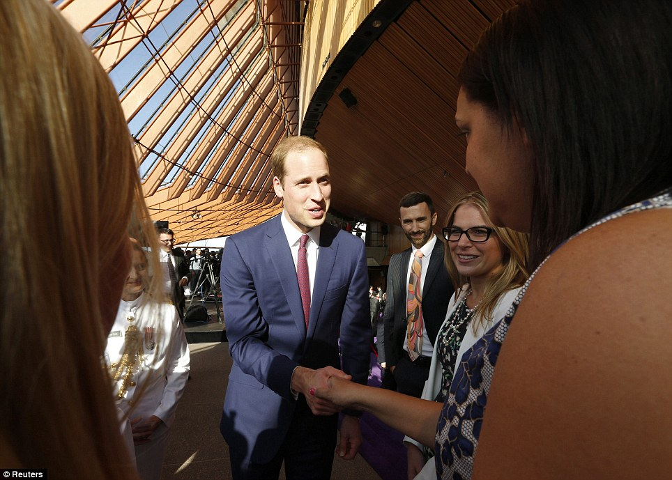 Prince William greeted young Australians after the dance performance