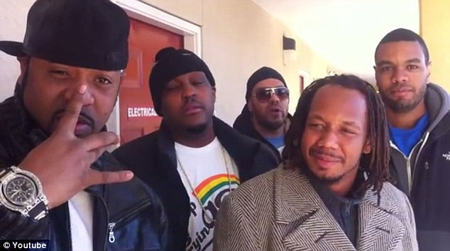 Wu-Tang clan with Andre Roxx (second left), DJ Sakee, Scotty Coles, and DJ Seanski before a show in 2012