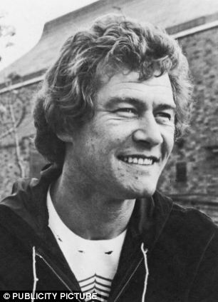 Ian Cullen was 23 when he met Kate O'Mara when he was a member of the Royal Shakespeare Company