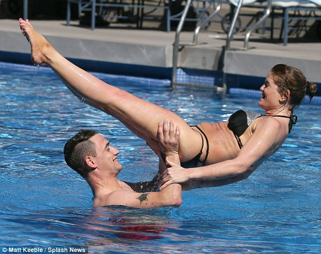 Danniella Westbrook Doesn T Hold Back As She Puts On A