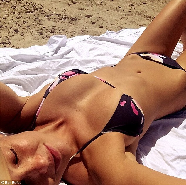 Show off! Bar Refaeli shared another picture of her super toned bikini body instagram