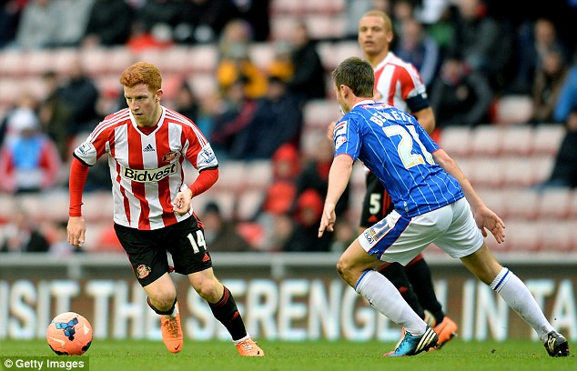 Ready: Colback, who was born in Newcastle, is prepared to make the switch to St James' Park
