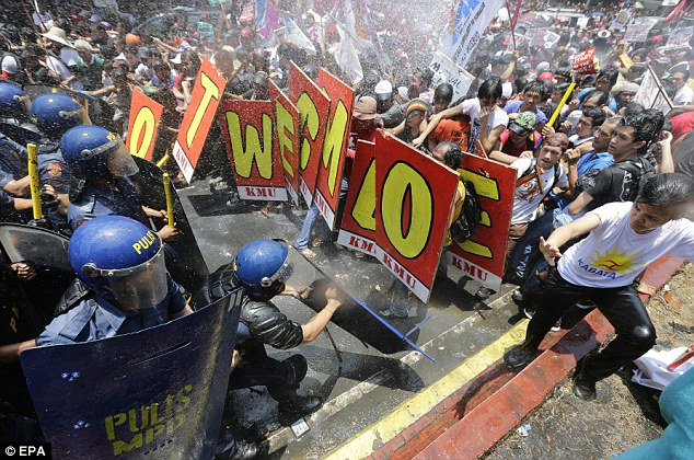 The angry protests came after a 10-year deal between Washington and Manila, allowing US troops greater access to Filipino bases