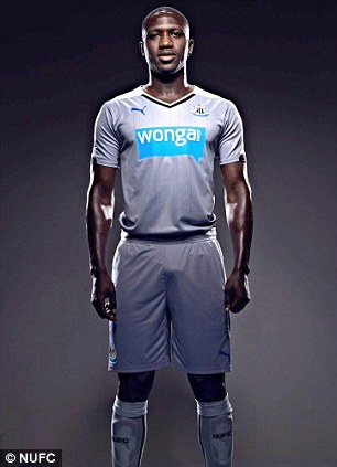 Moussa Sissoko with the kit