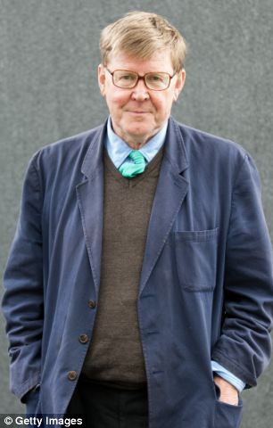 Writer Alan Bennett has revealed his support for the Cambridge Five