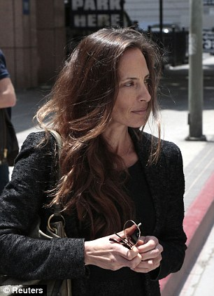 Danielle Schreiber leaves her custody hearing at the 2nd District Court of Appeals