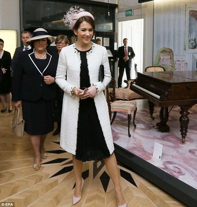 Honoured guests: Polish First Lady Anna Komorowska (left) with Princess Mary at The Fryderyk Chopin Museum in Warsaw