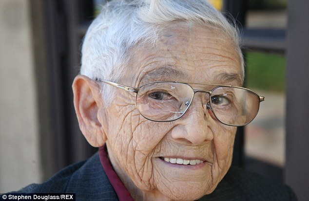 Mickey Carroll.: One of the last surviving Munchkins from the 'Wizard of Oz' at home in St Louis, Missouri, America in September 2008