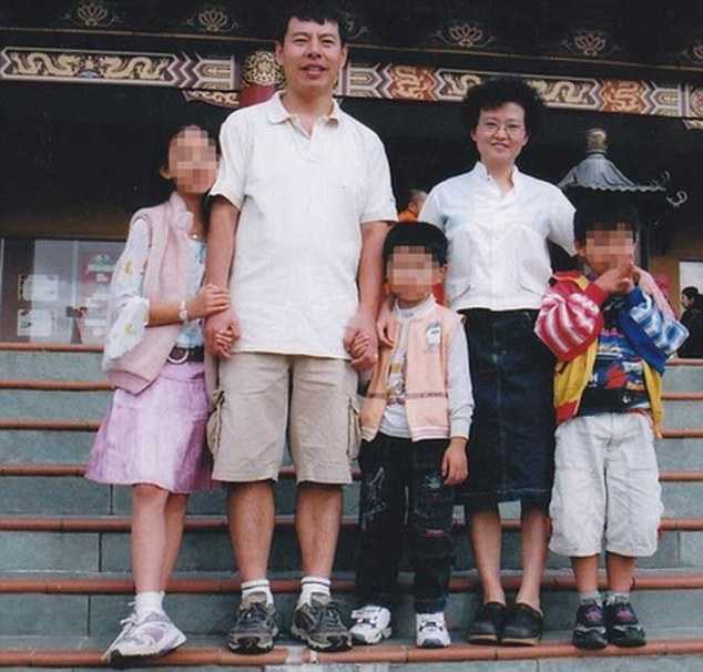 The Lin family of Sydney. The girl on the left is the only surviving family member. Her parents - Min 'Norman' Lin, 45, and Yun Li 'Lily' Lin, 43 - her brothers aged nine and 12, and an aunt, Yun Bin 'Irene' Yin, 39, were found dead in 2009