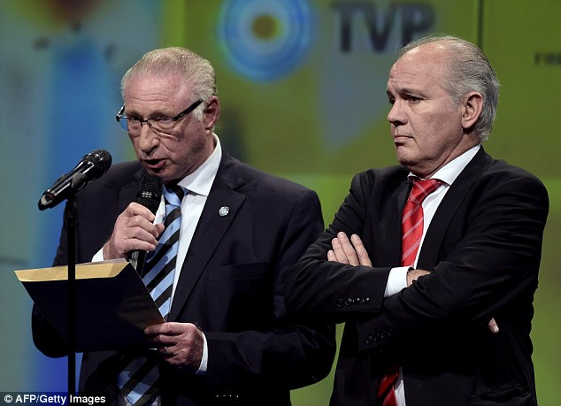 Moment of truth: Argentina head coach Alejandro Sabella (right) waits while their FA spokesman Ernesto Cherquis Bialo reads their 30-man shortlist for the World Cup