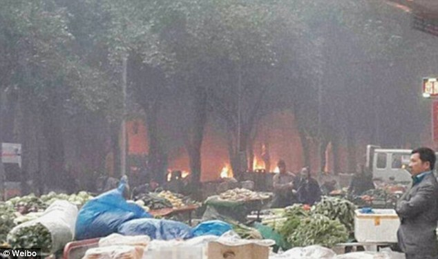 Thirty-one people are dead and more than 90 injured after attackers drove their cars into an open-air market in China and hurled explosives out the windows