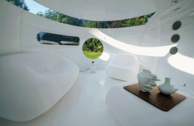 Inside the 'Bubble Drop', one of the more opaque Casa Bubbles, designed for hot temperatures