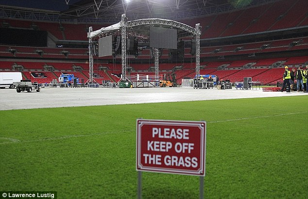 Big time boxing: Almost 80,000 people will cram into Wembley to watch the grudge rematch