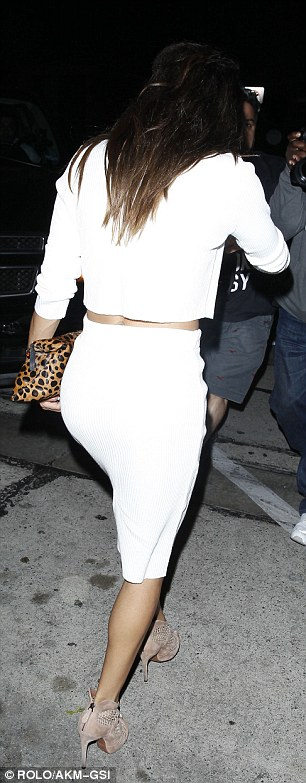 No spills: Most people would fear wearing all white to dinner but Naya didn't drop on thing on her outfit