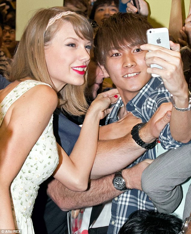 One for the album: Taylor ensured her loyal fans got plenty of attention on Saturday