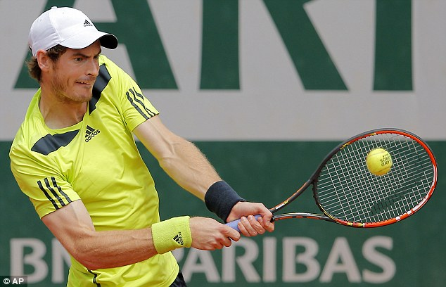 Murray struggled at first, against his strong German opponent, before wining 3-6, 6-3, 6-3, 4-6, 12-10