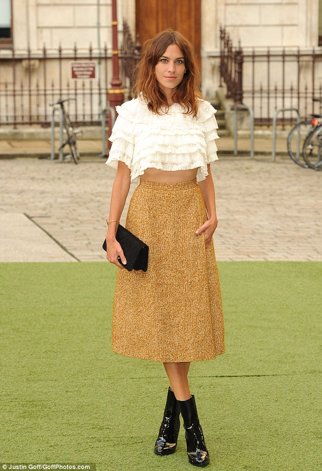 Ab fab: Alexa Chung made yet another stylish entrance as she arrived at the 2014 Royal Academy Summer Exhibition on Wednesday